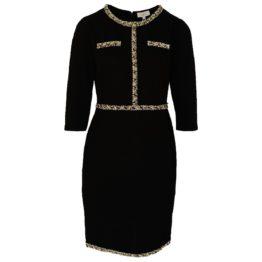 Jantje Korten • zwarte jurk met licht bies