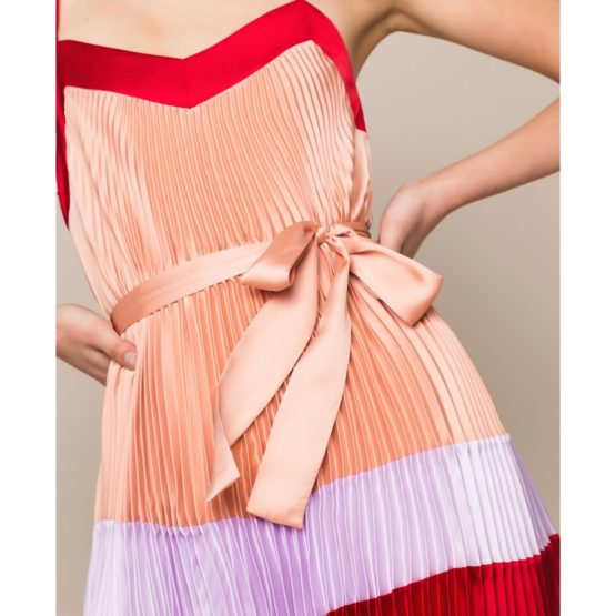 Twinset • korte satijnen jurk met plooien