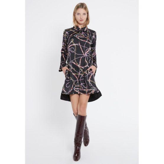 Ana Alcazar • zwarte satijnen jurk met ketting motief